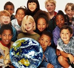 multiracial-group-of-kids-with-globe1